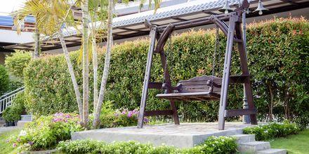 Have på Hotel Orchidacea Resort ved Kata Beach, Phuket, Thailand.