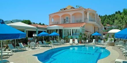 Poolen på Hotel Panorama i Koukounaries, Skiathos.