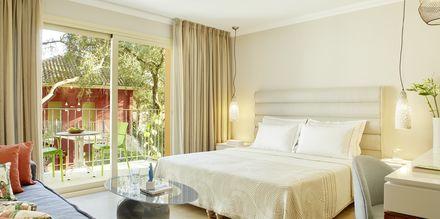 Deluxe-værelse på Hotel Parga Beach, Grækenland.