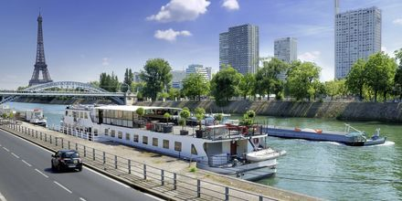 Bådtur på Seinen i Paris, Frankrig.
