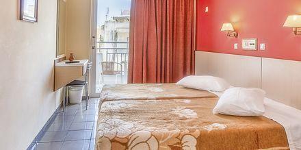 Dobbeltværelse på Hotel Paritsa i Kos by, Grækenland.