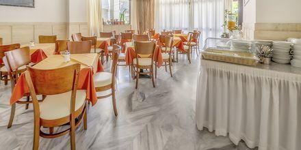 Morgenmadsområdet på Hotel Paritsa i Kos by, Grækenland.