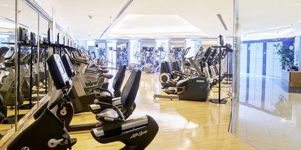 Fitnessrum på Hotel Pathumwan Princess i Bangkok, Thailand.