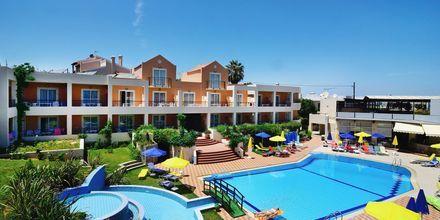 Poolområde på Hotel Pegasus på Kreta, Grækenland.