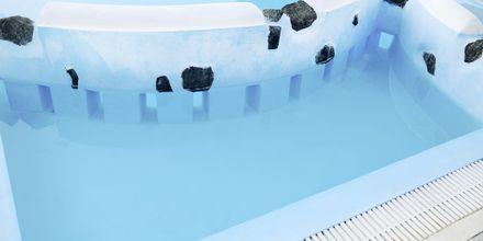 Børnesektion i poolen på Hotel Perissa Bay på Santorini.