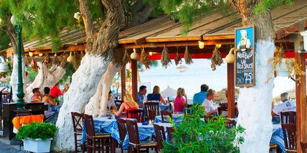 Perivolos/Perissa på Santorini, Grækenland.