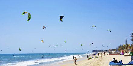 Kitesurfing i Phan Thiet i Vietnam.