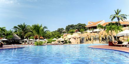 Pool på Phu Hai Resort i Phan Thiet Resort