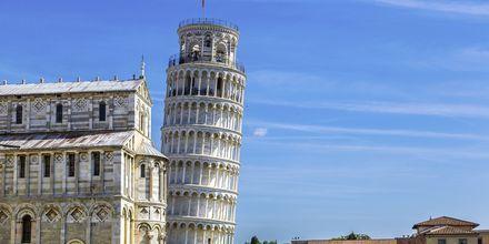 Det Skæve Tårn i Pisa er byens mest kendte seværdighed.