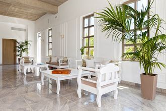 Receptionen på Hotel Platanias Ariston på Kreta, Grækenland.