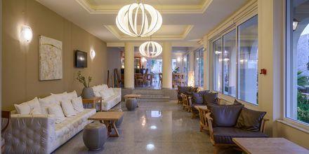 Lobby på Hotel Platanias Mare på Kreta, Grækenland.
