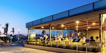 Restaurant på Hotel Porto Platanias Village på Kreta, Grækenland.