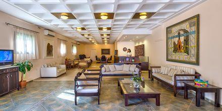 Lobbyen på Hotel Porto Platanias Village på Kreta, Grækenland.
