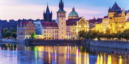 Den gamle by i Prag, Tjekkiet.