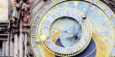 Det astronomiske ur på rådhuset i Prag, Tjekkiet.