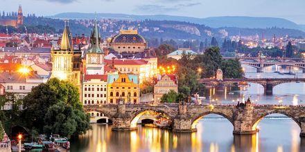 Broerne over floden Moldau i Prag, Tjekkiet.