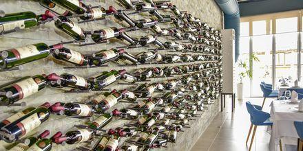 Albanske og internationale vine på Prestige Resort, Durres Riviera i Albanien.