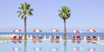 Poolområde på Prestige Resort, Durres Riviera i Albanien.