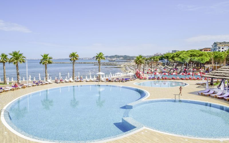 Prestige Resort Premium