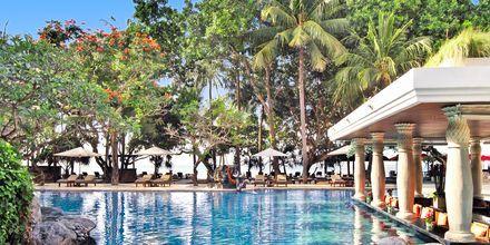 Strandpool på Hotel Puri Santrian i Sanur, Bali.