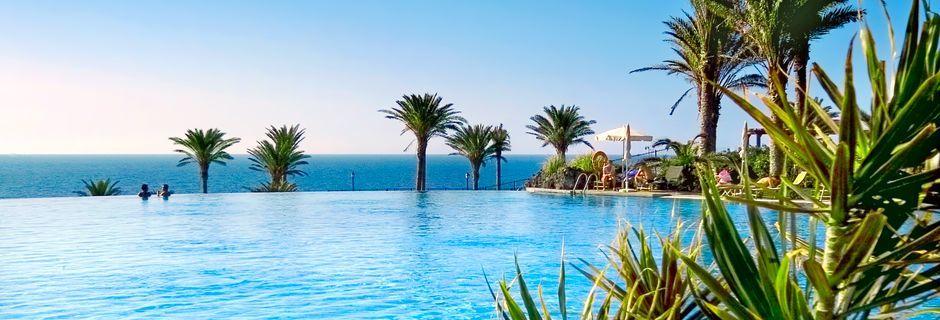 Poolområde på R2 Rio Calma Hotel & Spa i Costa Calma, Fuerteventura