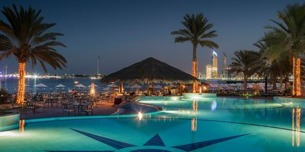 Pool på Hotel Radisson Blu Hotel & Resort Abu Dhabi Corniche, Abu Dhabi.
