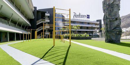 Udendørs fitness på Radisson Blu Resort & Spa i Puerto de Mogán på Gran Canaria.