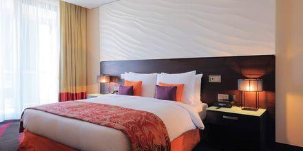 Dobbeltværelse på Hotel Radisson Blu Abu Dhabi Yas Island i Abu Dhabi.