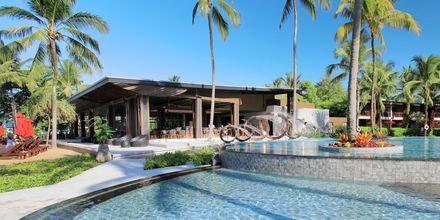 Poolområdet på Hotel Ramada Resort Khao Lak, Thailand.