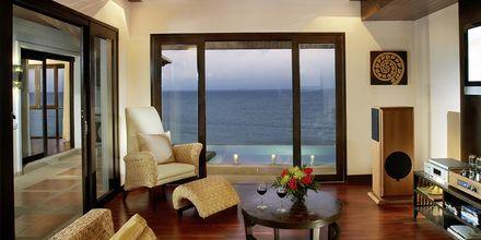 Suite med privat pool på Hotel Rawi Warin i Koh Lanta, Thailand.