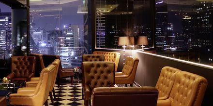 Cocktailbaren på 26. etage Mixology på Hotel Rembrandt i Bangkok, Thailand.