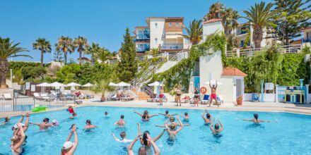 Vandgymnastik på Hotel Rethymno Mare Resort på Kreta, Grækenland.