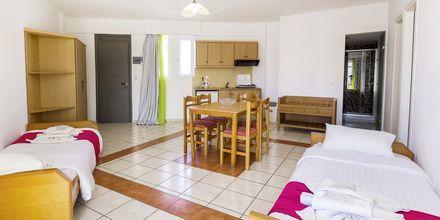 3-værelses lejlighed på Hotel Rethymno Residence ved Rethymnon Kyst på Kreta, Grækenland.