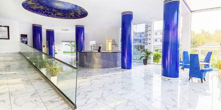 Lobby på Hotel Rethymno Residence ved Rethymnon Kyst på Kreta, Grækenland.