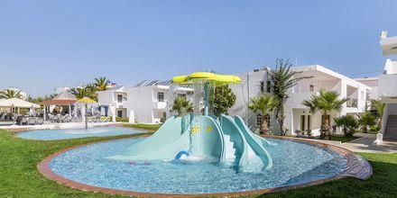 Børnepool på Hotel Rethymno Residence ved Rethymnon Kyst på Kreta, Grækenland.