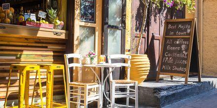 Den gamle del af Rhodos by, Rhodos i Grækenland - her er mange restauranter og hyggelige caféer.