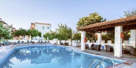 Pool på Hotel Rigas, Skopelos.