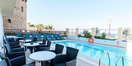 Poolen på Hotel Riviera på Rhodos, Grækenland.
