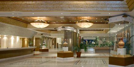 Lobby på Hotel Rodos Palace på Rhodos, Grækenland.