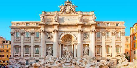 Fontana di Trevi - en af de mest besøgte seværdigheder i Rom, Italien.