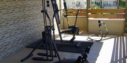 Mindre fitnessrum på Hotel Rose i Kato Stalos på Kreta, Grækenland.