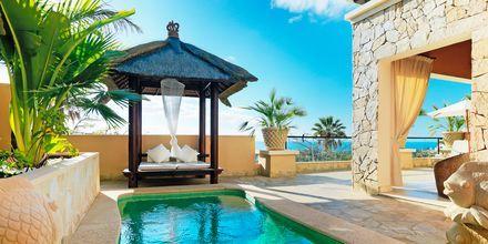 2-værelses lejlighed på hotel Royal Garden Villas i Playa de las Americas på Tenerife, Spanien