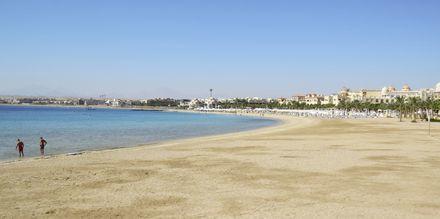 Strand i Sahl Hasheesh, Egypten.