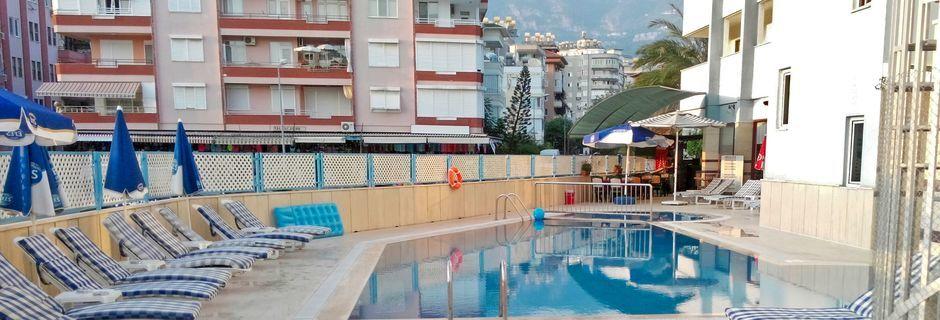 Solterrasse på Hotel Sailor i Alanya, Tyrkiet.