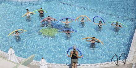 Vandgymnastik på Hotel Samaina Inn i Karlovassi, Samos, Grækenland.