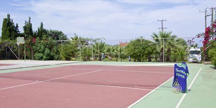Tennis på Hotel Samaina Inn i Karlovassi, Samos, Grækenland.