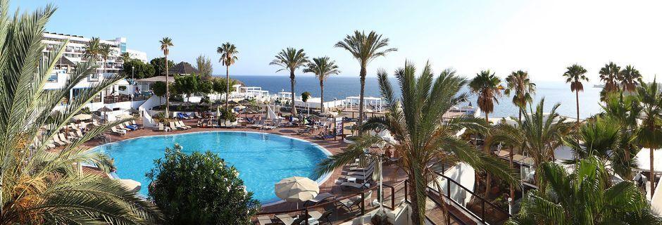 Pool på Hotel Sandos Papagayo Beach Resort på Lanzarote, De Kanariske Øer