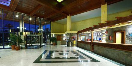 Lobby på Hotel Sandos Papagayo Beach Resort på Lanzarote, De Kanariske Øer
