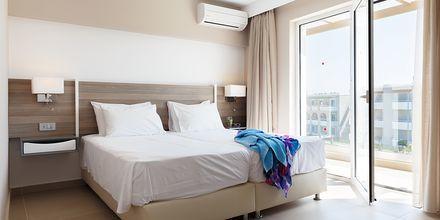 3-værelses lejlighed på Hotel Santa Helena Beach i Platanias på Kreta, Grækenland.