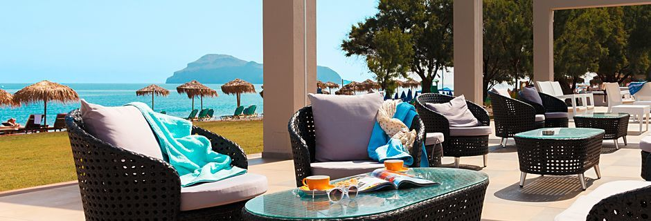 Poolbar på Hotel Santa Helena Beach i Platanias på Kreta, Grækenland.